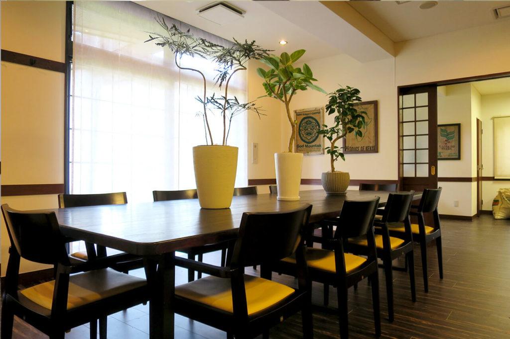 仙台市若林区の珈琲豆とカフェの内装例_カフェスペース2
