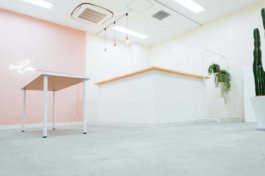 カフェ内装事例_カフェのカウンター内装